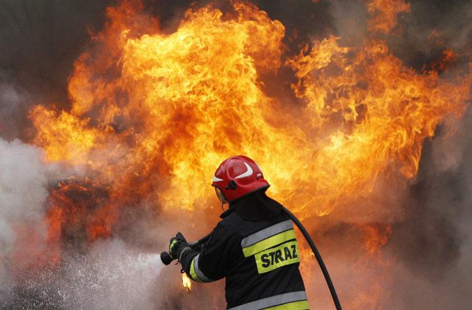 Bratislava opäť bojuje s požiarom
