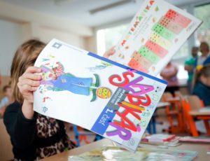 Školy by mali založiť finančný fond na učebnice a pomôcky, navrhuje Žarnay
