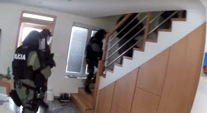 Video: NAKA zasahovala na Spiši, v prípade starej vraždy mafiána Novotného zadržala muža