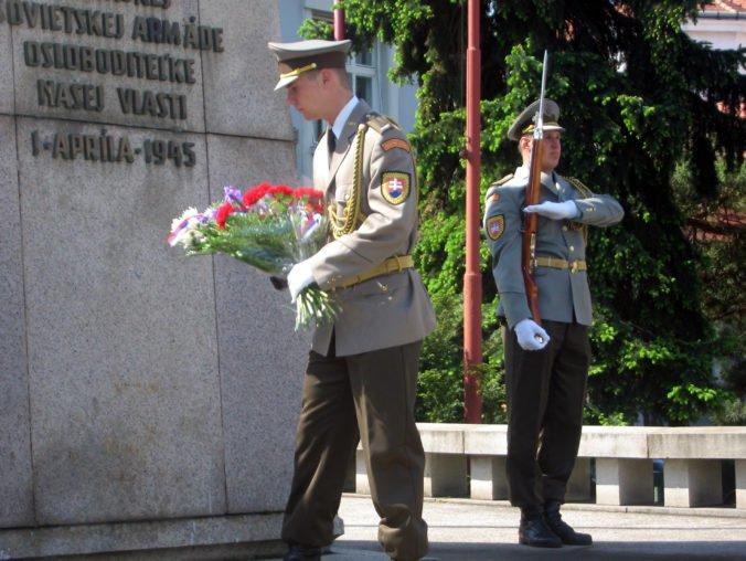 Pamätník osloboditeľov v Trnave zostane na svojom pôvodnom mieste, proti presunu vznikla petícia
