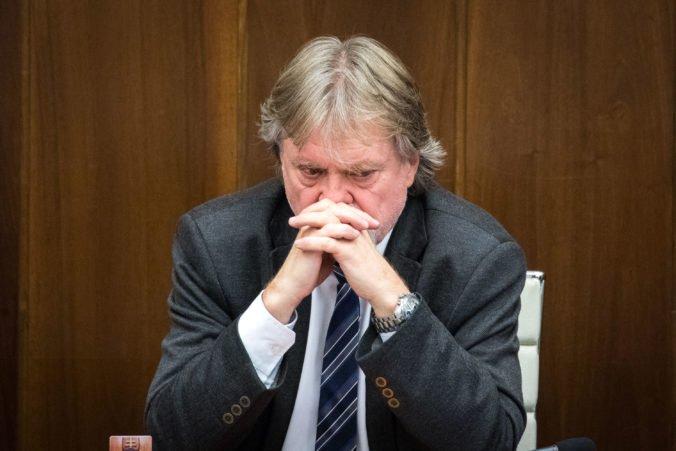 Za reakciu Pellegriniho na hlasovanie Smeru-SD pri voľbe sudcov môže nekomunikácia, tvrdí Jarjabek
