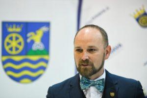 Trnavský kraj zavádza nový spôsob podávania žiadostí o granty, Viskupič vysvetlil dôvod