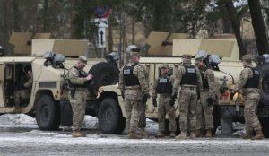 Cez Slovensko sa budú presúvať nielen americkí vojaci, upozorňuje ministerstvo obrany