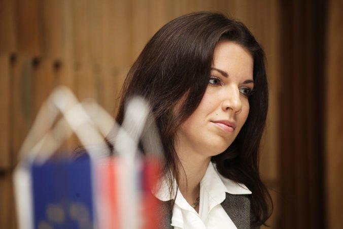 Zo slovenskej zahraničnej politiky sa podľa poslankyne Cséfalvayovej vytratil konsenzus