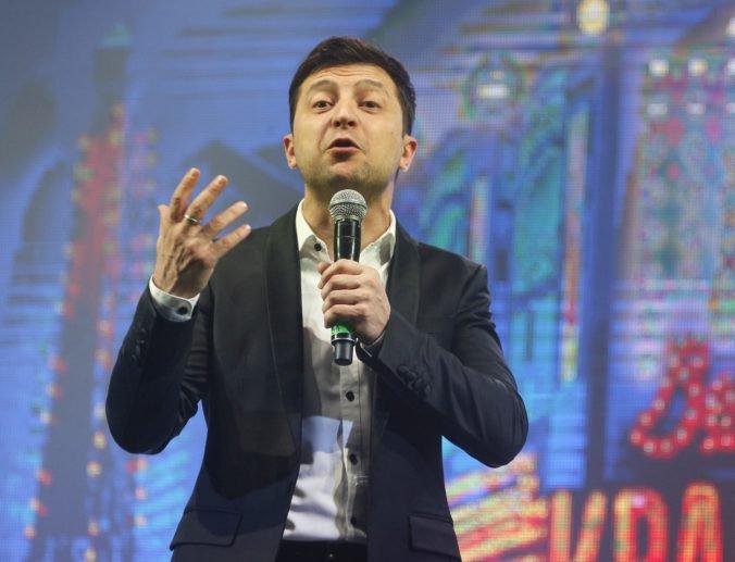 """Komik Zelenskyj by chcel """"vymeniť"""" ukrajinskú vládnucu elitu, hovorí o predčasných voľbách"""
