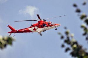 Leteckí záchranári boli privolaní k cyklistovi v bezvedomí, lekári mu už pomôcť nedokázali