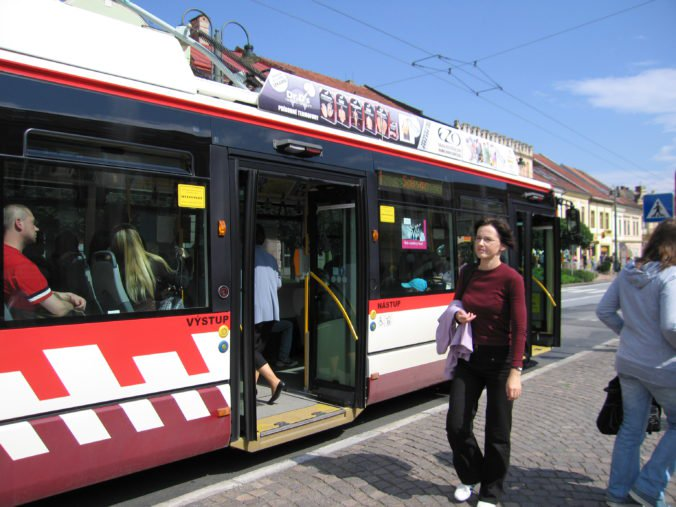 Odborári sa s prešovským dopravným podnikom stále nedohodli, v meste hrozí štrajk