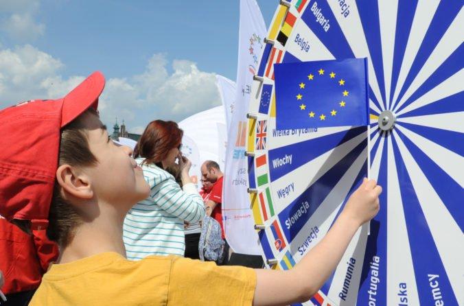Európska únia má 24 úradných jazykov, ich počet sa zvýšil po pristúpení Chorvátska