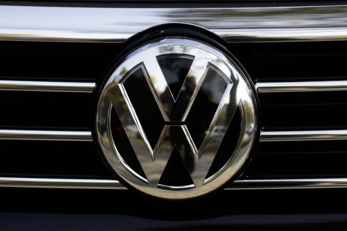 Policajti chytili tínedžera na Volkswagene, nafúkal takmer tri promile