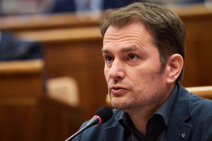 Na Matovičovi je podľa politológa badať nervozitu, odchod poslancov z OĽaNO je ranou