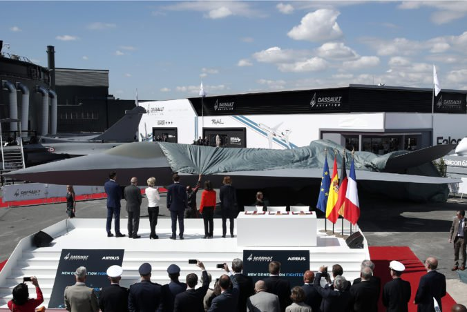 Francúzi, Nemci a Španieli chcú vyvinúť európsku stíhačku budúcnosti aj vzdušný bojový systém