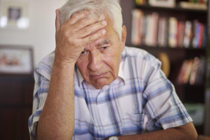 Podvodník nalákal dôchodcu na kúpu ďalekohľadu a obral ho tisícky eur