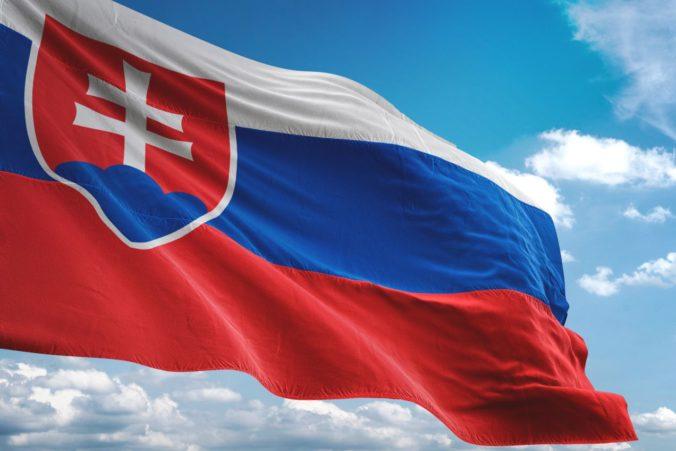 Na stavbu stožiara pred parlamentom môžu prispieť aj Slováci, niektorí údajne prejavili záujem