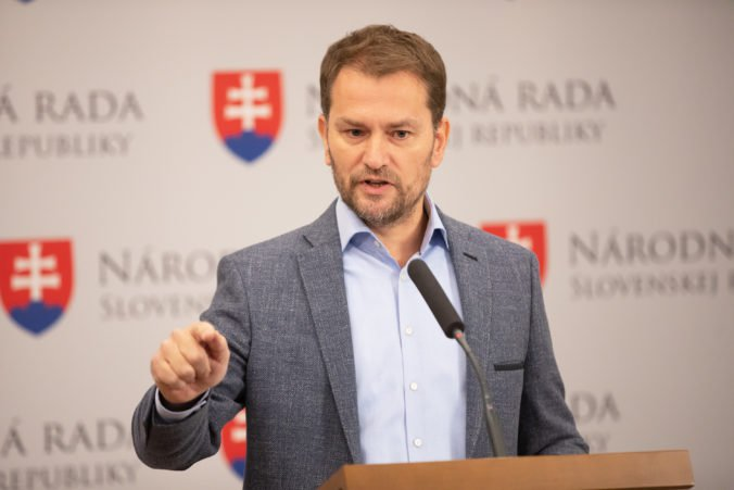 Matovič tvrdí, že Kiska klame a žiadne esemesky mu k stretnutiu opozície neposlal