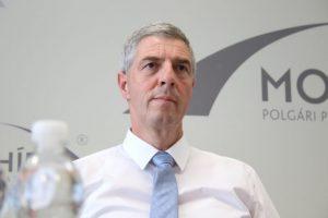 Ďalšie pôsobenie Jankovskej na poste štátnej tajomníčky má v rukách strana Smer-SD, vyhlásil Bugár