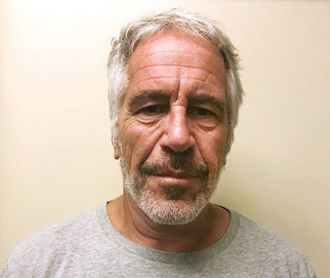 Pitva odhalila príčinu smrti finančníka Epsteina, ktorý čelil obvineniam zo sexuálnych zločinov