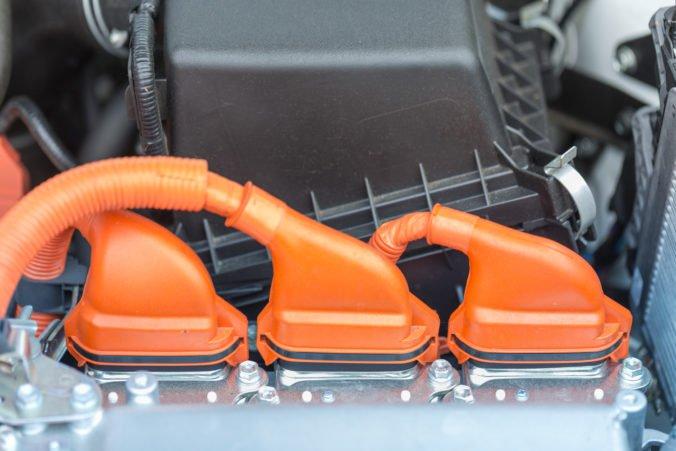 LANXESS: Elektromobily majú šancu vďaka špeciálnym plastom