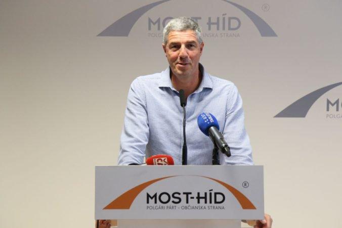 SMK volá po jednotnej maďarskej kandidátke do volieb, rokovať chce s Bugárom aj Simonom