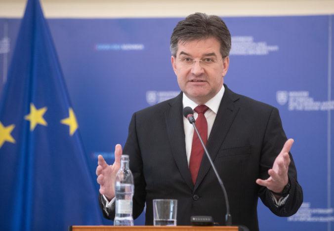 Minister Lajčák vyzdvihol dosiahnutie dohody o brexite, vyjadril však aj sklamanie