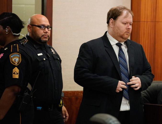 Ronalda odsúdili na smrť, zastrelil šesť členov rodiny jeho exmanželky