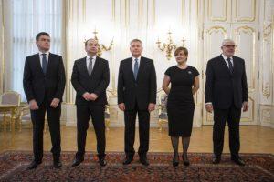 Foto: Prezidentka Čaputová vymenovala nových veľvyslancov, povedú ambasády v Nemecku aj Mexiku