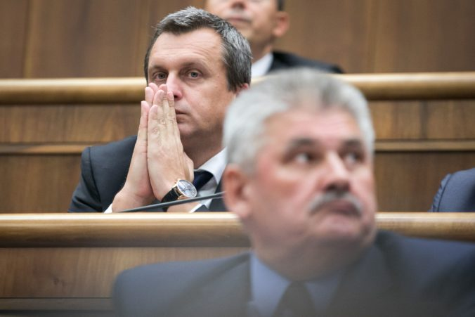 Danko nedovolí, aby nejaký Richter ničil prácu SNS a konanie Smeru označil za chrapúnstvo