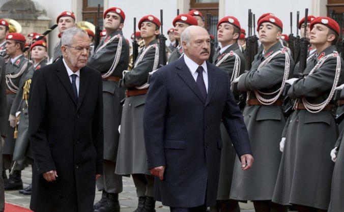 Lukašenko chce lepšie vzťahy s Úniou, prezident Bieloruska zavítal do Viedne