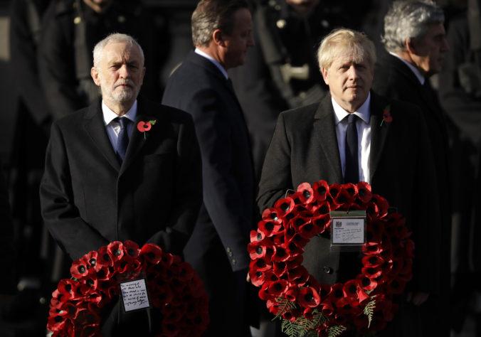 Johnson a Corbyn si zmerajú sily v prvej predvolebnej debate, kampani dominuje téma brexitu