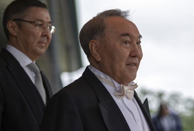 Zelenskyj a Putin by mohli v Kazachstane vyriešiť rusko-ukrajinský konflikt, navrhol Nazarbajev