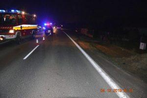 Foto: Podgurážený mladík spôsobil nehodu, vodička Opla nedokázala zrážke zabrániť