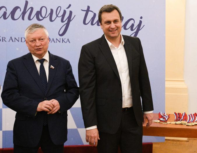 Danko inicioval už tretí vianočný šachový turnaj, prišiel aj veľmajster Karpov