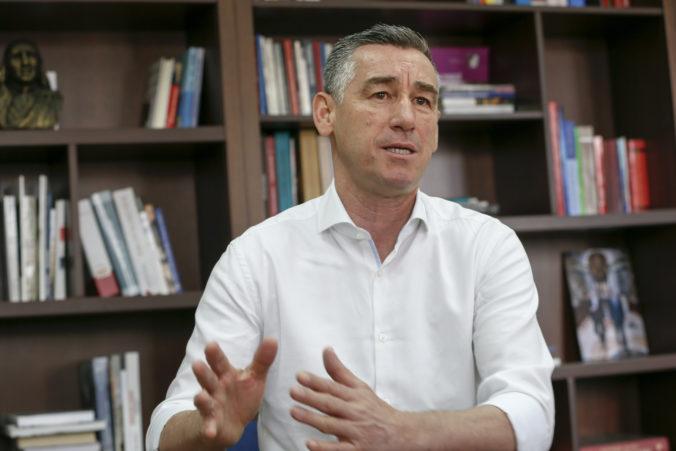 Kosovského predsedu parlamentu vypočúval súd v Haagu, vyšetrujú zločiny proti etnickým Srbom