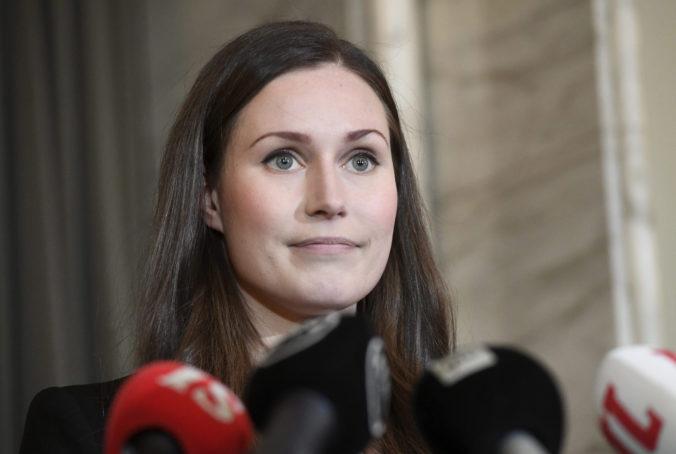 Sanna Marin sa stala najmladšou premiérkou na svete, fínsky parlament jej vyslovil dôveru