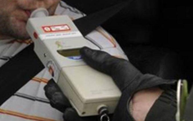 Poľský kamionista zaujal políciu nekoordinovanou jazdou, po kontrole mu zistili v dychu alkohol