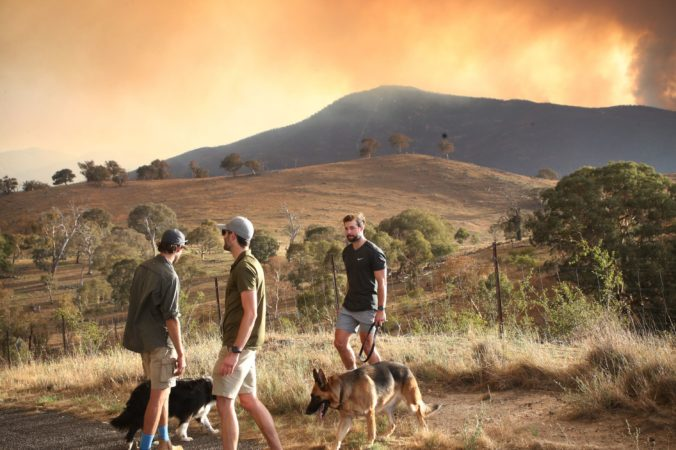 Lesný požiar v Austrálii sa vymkol kontrole a ohrozuje hlavné mesto Canberra