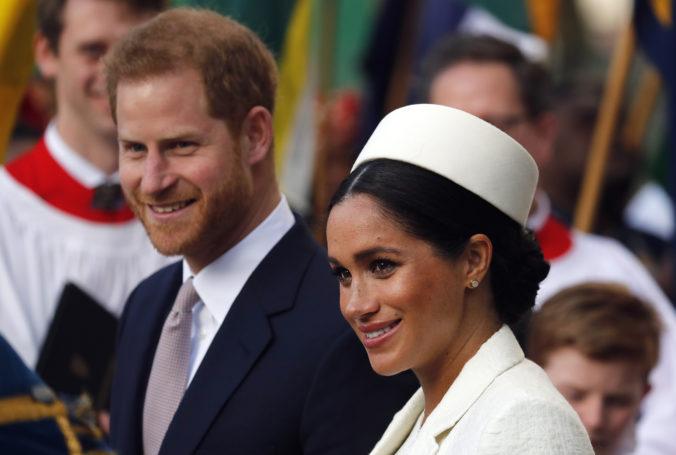 Princ Harry a Meghan nebudú používať titul kráľovská výsosť, splatia aj prestavbu svojho domu