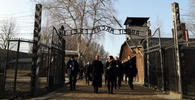 Prezidentka Čaputová si v Osvienčime pripomenula Medzinárodný deň pamiatky obetí holokaustu