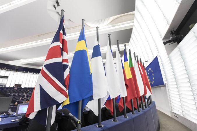 Európsky parlament bude rokovať o brexitovej dohode, nebudú chýbať rozlúčkové prejavy a hudba