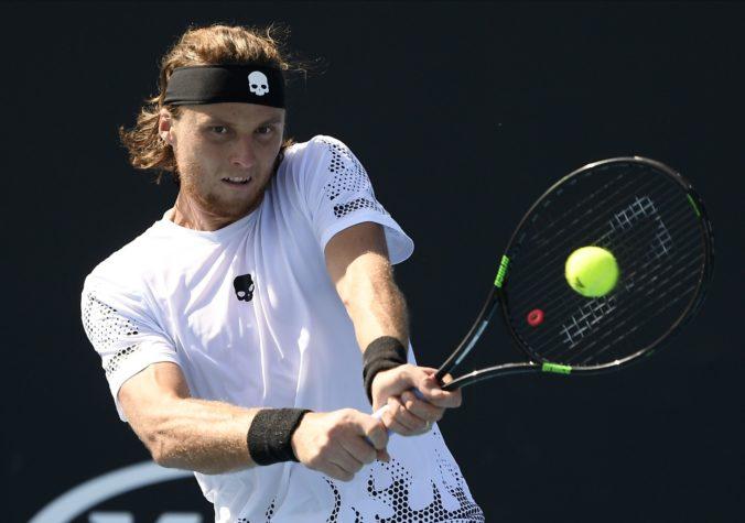 """""""Lucky loser"""" Kovalík uhral v úvodnom kole Australian Open iba set"""