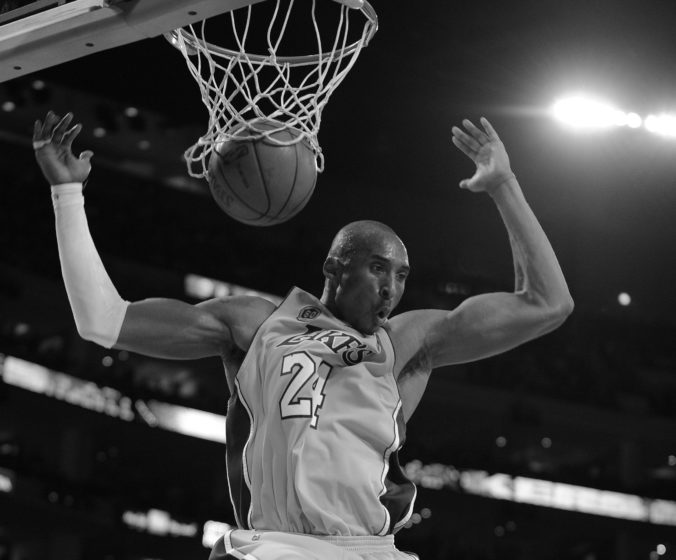 Legendárny basketbalista Kobe Bryant tragicky zahynul, s Lakers bol päťkrát šampiónom NBA