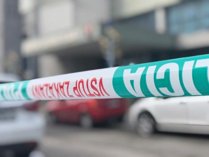 Po krvavej dráme v jednom z kežmarských penziónov obvinili z vraždy 21-ročného mladíka
