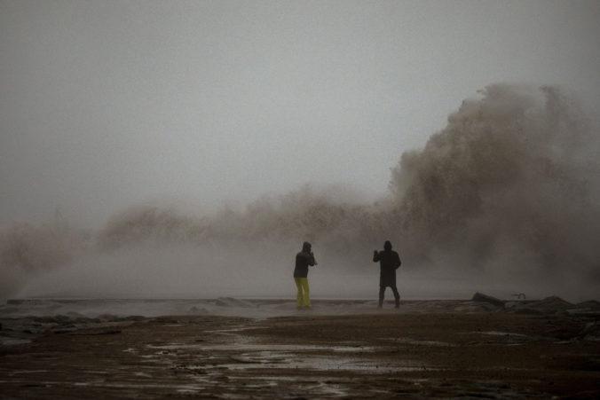 Španielsko niekoľko dní bičuje silná zimná búrka, vyžiadala si už aj obete na životoch