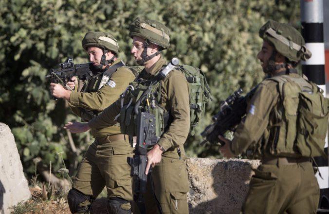 Militantné hnutie Hamas sa nabúralo do smartfónov izraelských vojakov, hackeri sa vydávali za ženy