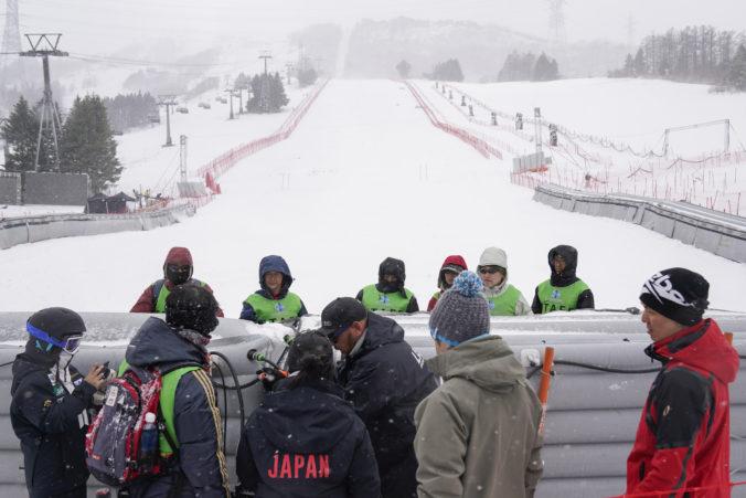Slalom Svetového pohára bol zrušený pre hmlu a silný vietor, Žampa márne čakal na začiatok pretekov