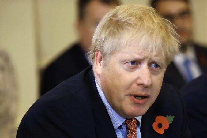 Nový poradca premiéra Johnsona propaguje eugeniku a tvrdí, že černosi majú nižšie IQ