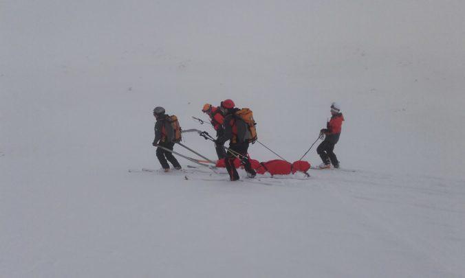 Horskí záchranári ratovali vlastného kolegu, bezvládne telo našli na severe Rumanovho štítu