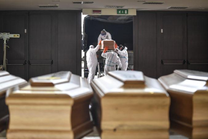 Švédske pohrebníctva chcú rakvy s obeťami COVID-19 značiť, tri kvapky majú zabrániť v otvorení truhly