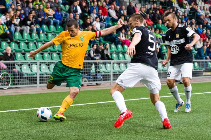 Pandémia urýchlila koniec ligového rekordéra Viktora Pečovského, rozlúčku si predstavoval inak