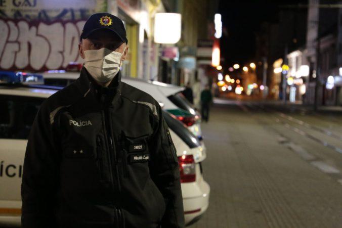 """Polícia bude počas obmedzenia pohybu ústretová, so """"zdravým rozumom"""" sa vyhnete problémom"""