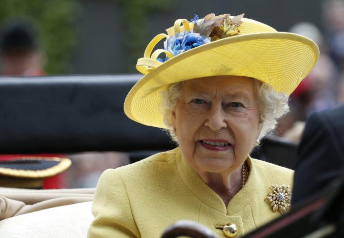 Kráľovná Alžbeta II. sa v čase krízy spojenej s koronavírusom mimoriadne prihovorí k národu